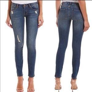 CAbi #5087 Destructed Distressed Skinny Jean.